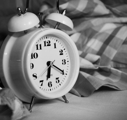 Hurrá! Tovább alhatunk! De vajon tudunk is?