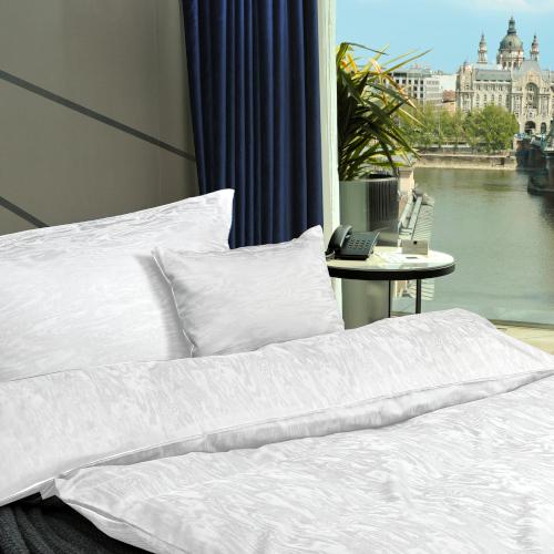 Regina moiré jacquard fehér ágyneműhuzat garnitúra